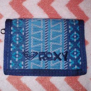 🌺🌺 ROXY blue tribal tapestry pattern wallet 🌺🌺